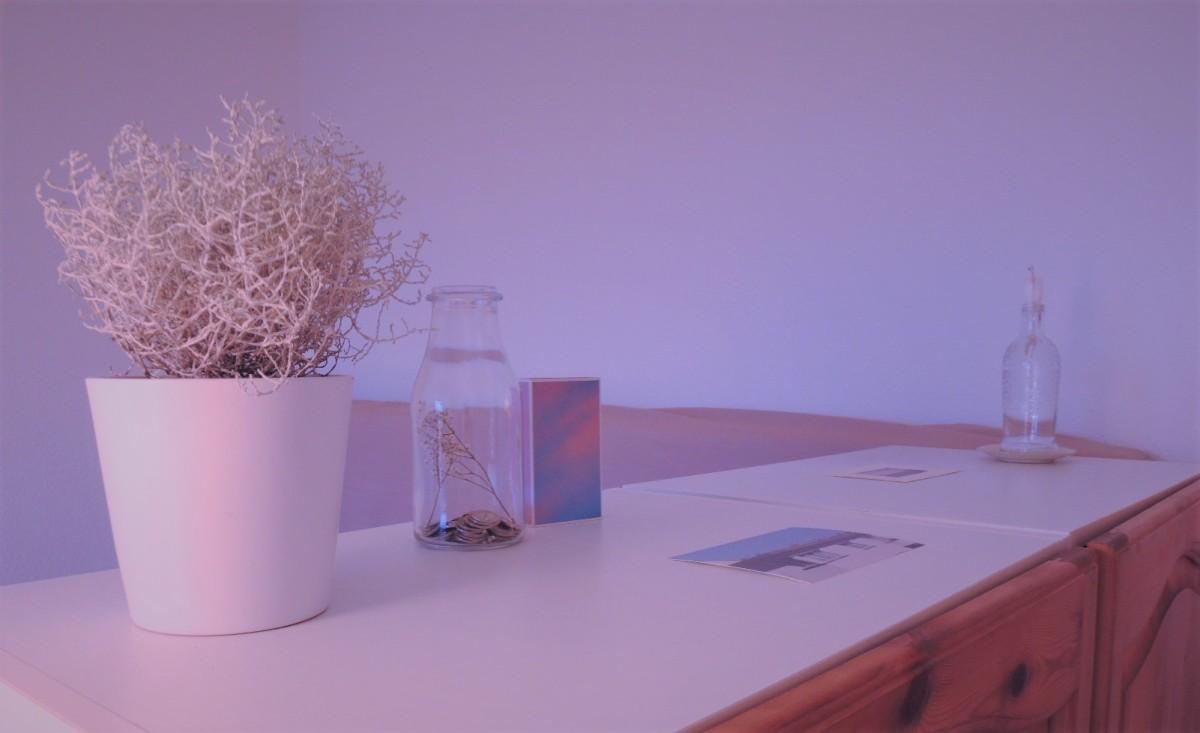 wie viele dinge brauchen wir besitz nr 1 2. Black Bedroom Furniture Sets. Home Design Ideas